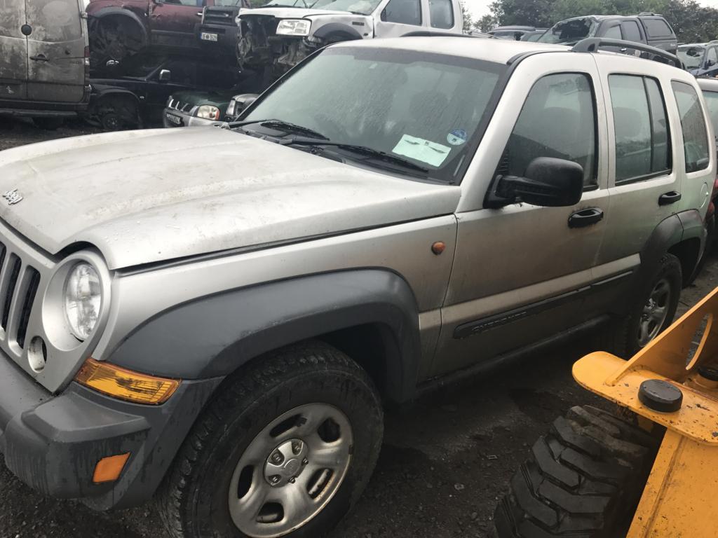 jeep silver 3