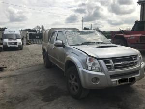 isuzu d-max english 3